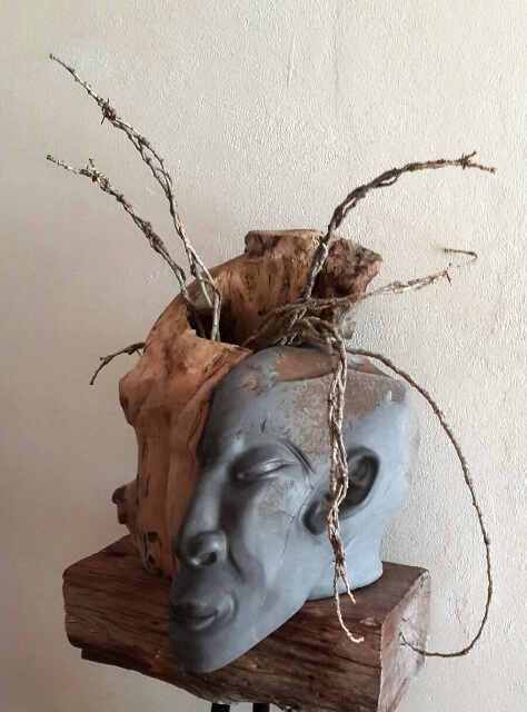 Solo exhibition of sculptures and paintings by Bets de Bruyn
